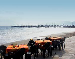 Свидание на берегу моря