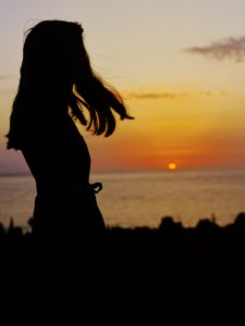 девушка на закате