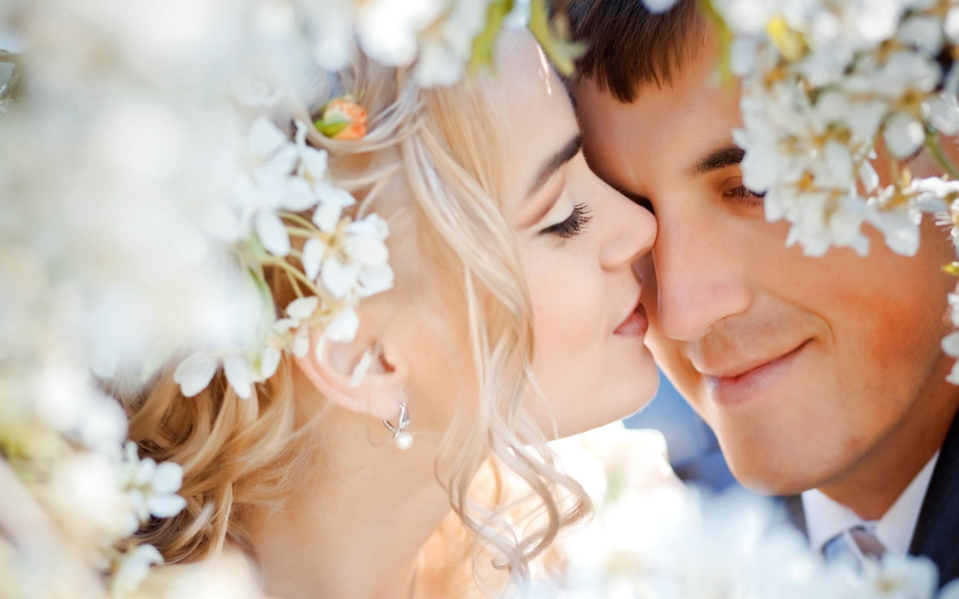 Fotofunia sexy kiss adult vids