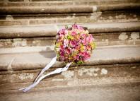 Букеты для любого праздника от цветочной базы «Мосцветторг»